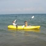 今日も真夏の空の下で海遊び海水浴BBQ