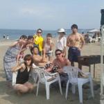 三浦海岸真夏のビーチBBQ続行中