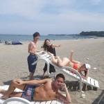 お盆の三浦海岸はビーチBBQと海水浴