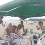 手ぶらで美味しい美味しいBBQをビーチで1日楽しみましょう