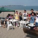 真夏のようなお天気のBBQは三浦海岸
