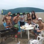 海遊び、海水浴、楽しい仲間とBBQ