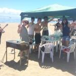 楽しいビーチBBQで皆さんも真っ黒BBQ